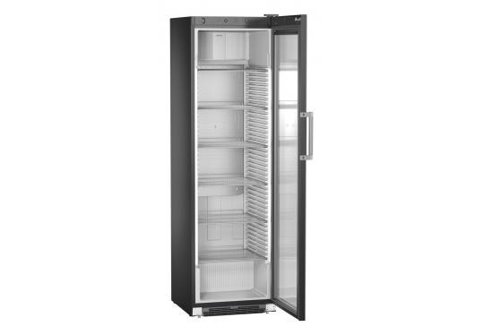 Liebherr FKDv 4523 var. 875 típusú, kereskedelmi, üvegajtós hűtőszekrény